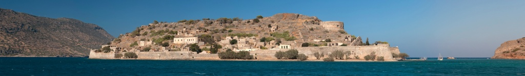 01.Spinalonga_Panorama-small.jpg